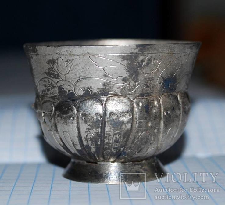 Серебряная стопка 17 века.