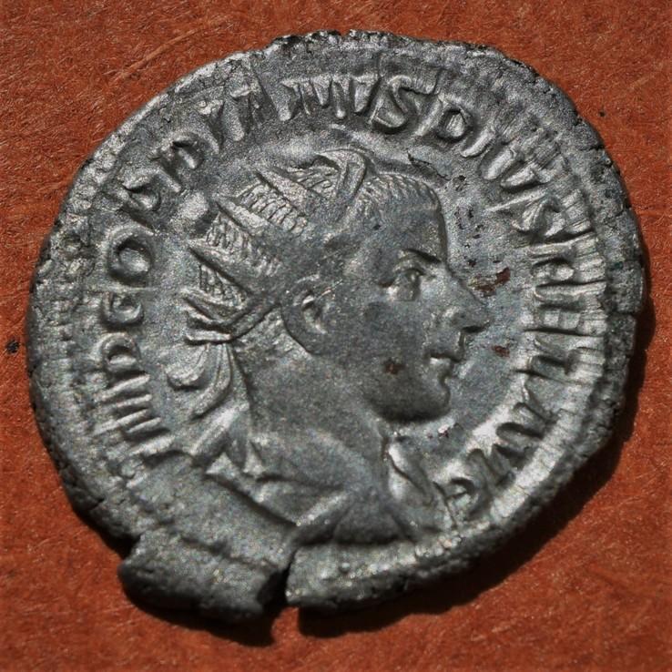 Антониниан Гордиана III - Сол
