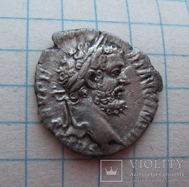 Денарий Септимий Север 193 год н.э. Virtus