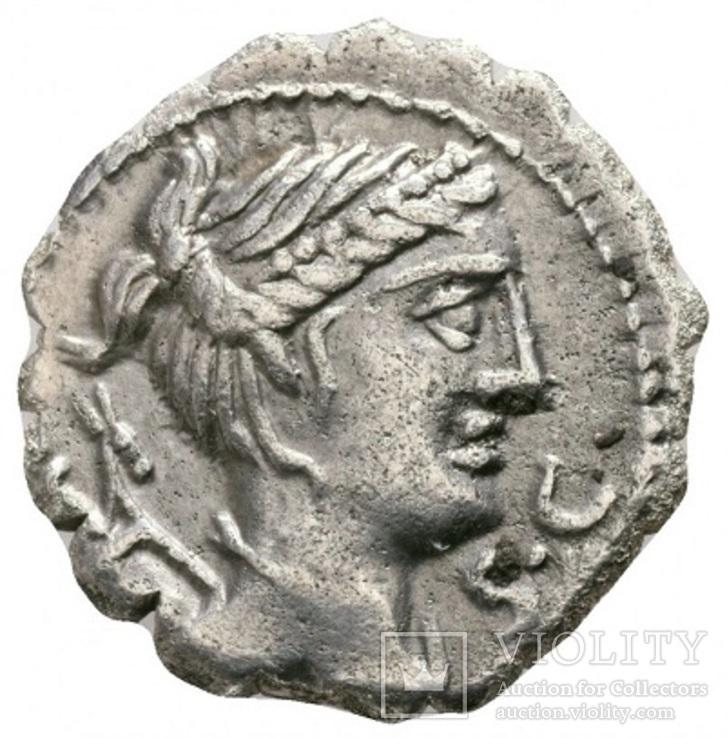 Срібний денарій 79 р. до н. е.