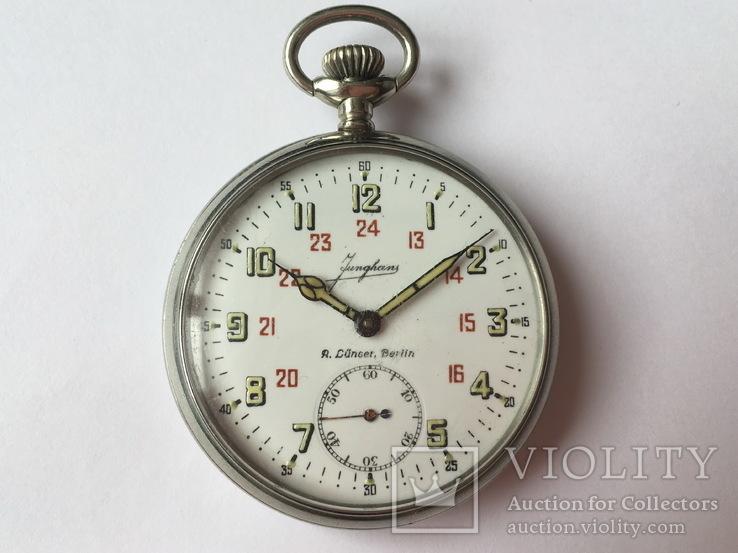 Часы аэродромной службы Люфтваффе Юнганс FL23884