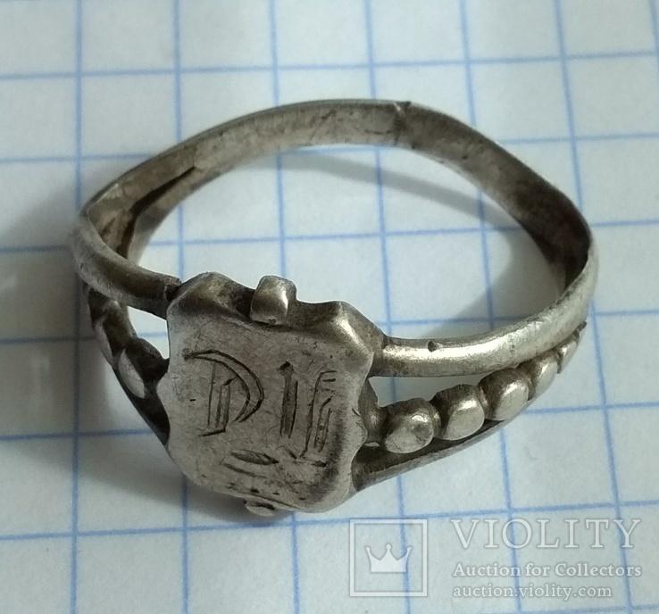 Перстень середньовічний.