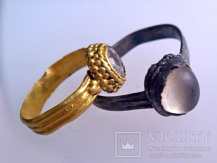 Золотое и серебряное кольцо КР