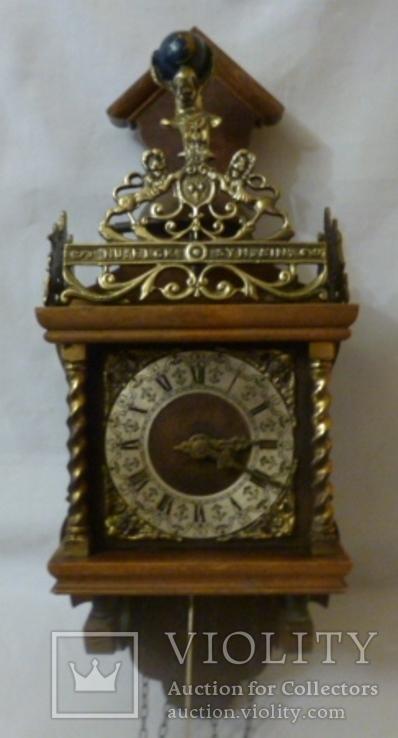 Настенные часы с боем Wuba. Голландия.