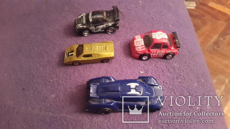4 иностранных автомобиля, фото №3