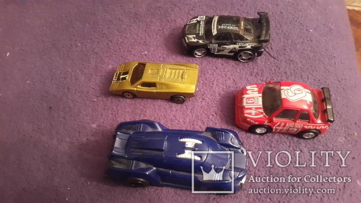 4 иностранных автомобиля, фото №6