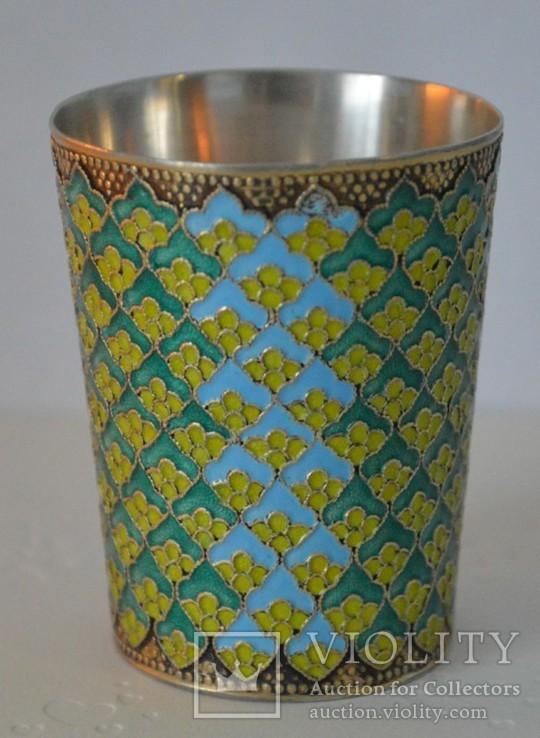 Серебряный стаканчик с эмалями 875 пробы