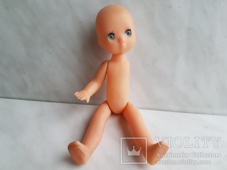 Кукла без одной части.
