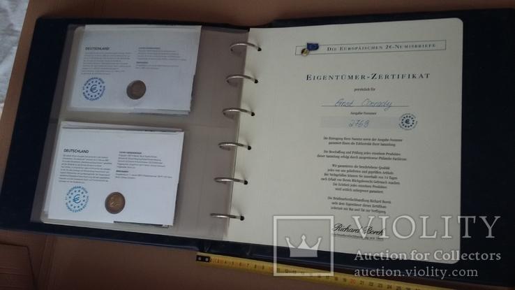 Семь монет по 2 евро в  семи конвертах и альбоме., фото №8