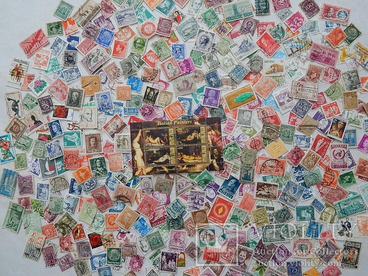 Лот иностранных марок 400 шт.+ 1 блок искусство.