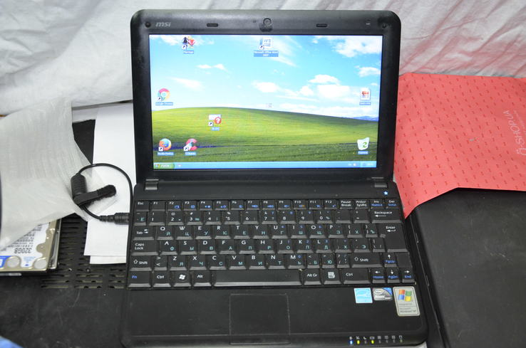 Ноутбук MSI Wind U100