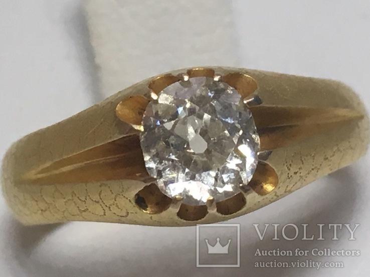 Золотое кольцо 56 пробы с бриллиантом