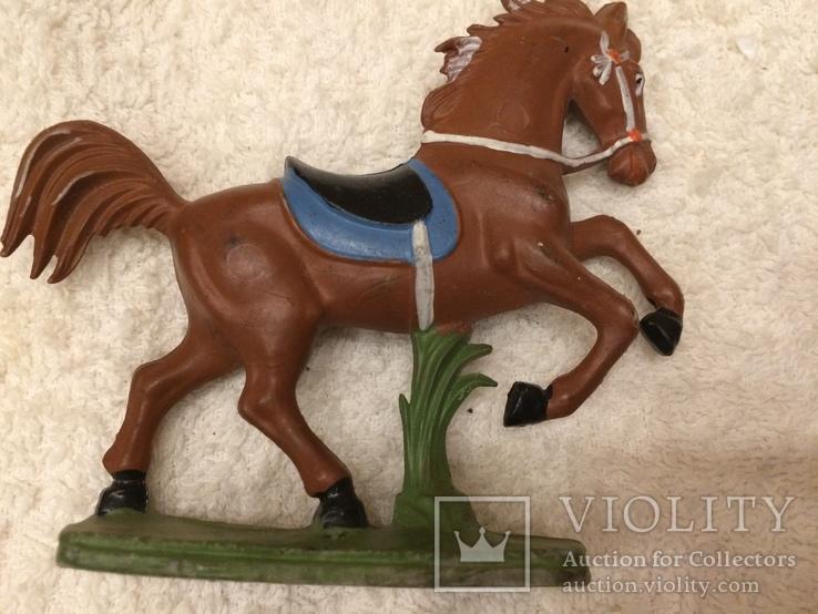 Конь 7 из серии индейцы ковбои ГДР
