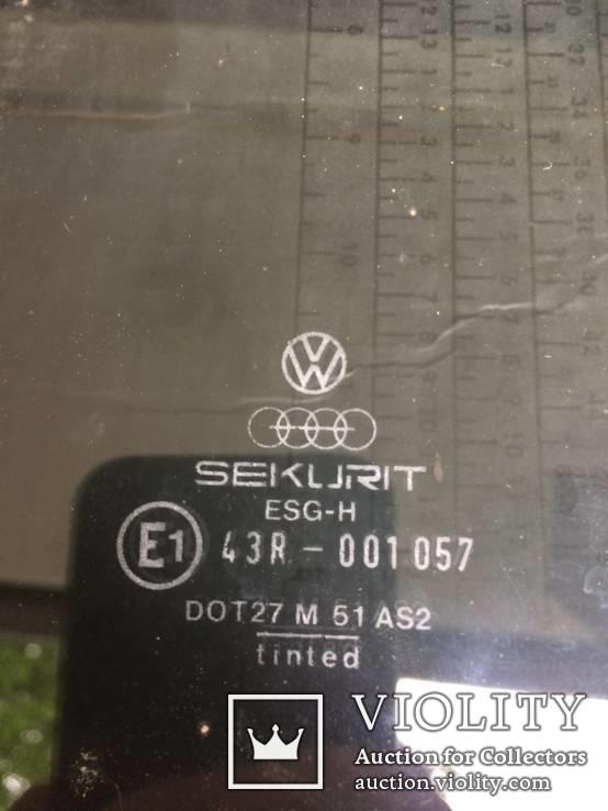 Стекло боковое угловое Volkswagen Jetta 1986, фото №3