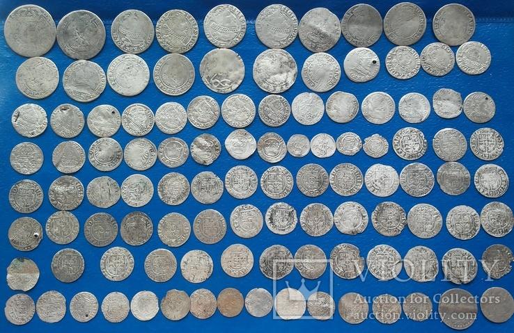 107 монет серебром