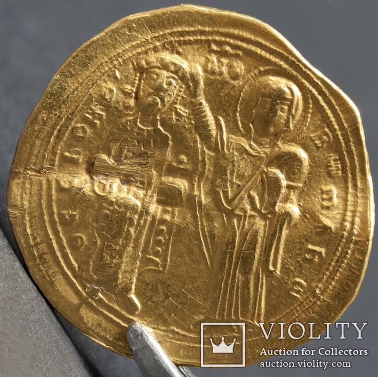 Солид (гистаменон).Аверс -Исус Христос, реверс - Роман III и Дева Мария.1025-1028 гг (2)