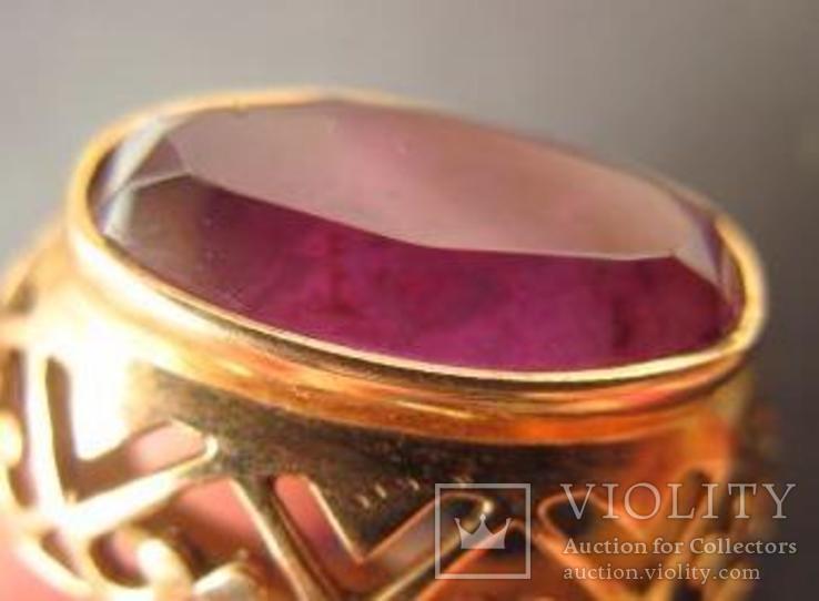 Золотое кольцо с александритом 583 пр. со звездой