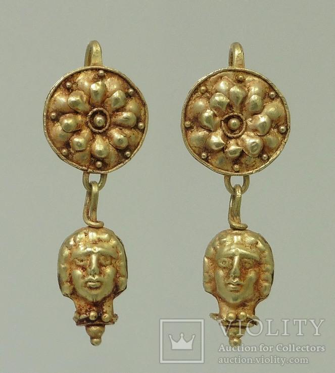 Пара античных золотых серег