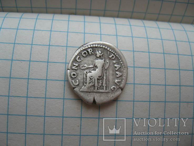 денарий Сабины 117-138 год н.э. CONCORDIA