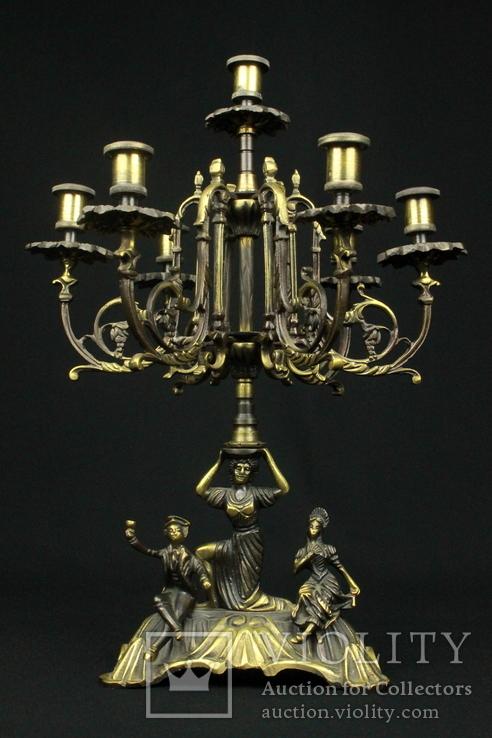 Бронзовый подсвечник на 7 свечей.  Европа. (0407)
