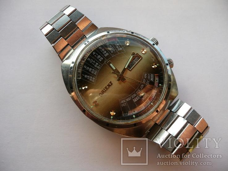 Часы Orient College