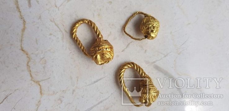 Коллекция эллинистических серег в виде голов льва.Греция 3-2 в.до.н.э.