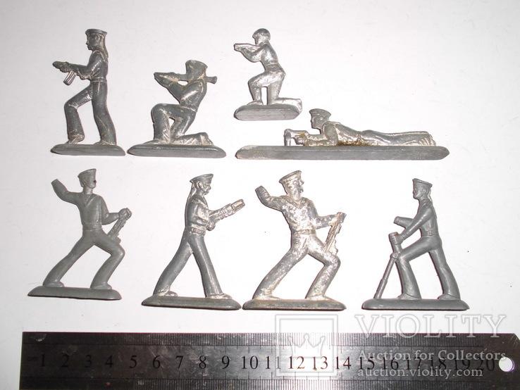 Фигурки солдат на реставрацию ( 8 шт.), фото №3