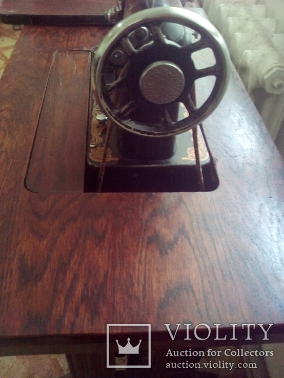 Ножная швейная машинка, фото №3