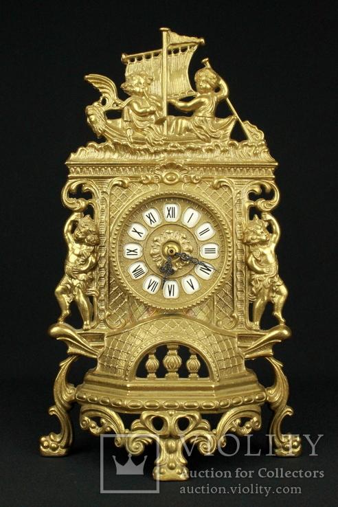 Каминные часы в латунном корпусе. Кварц. Высота 400 мм. Германия. (0510)