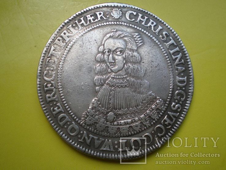 Талер Кристины 1652г.