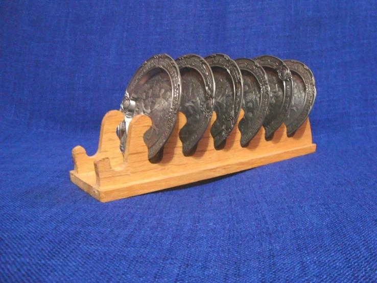 Подставка с оловянными тарелочками, бирдекелами SKS Германия, фото №2