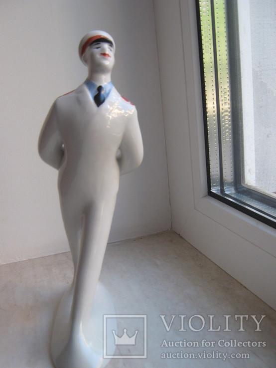 Скульптура Дядя Степа-милиционер Городница