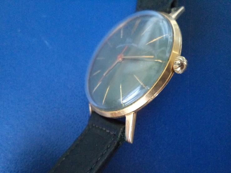 Часы Луч AU 20