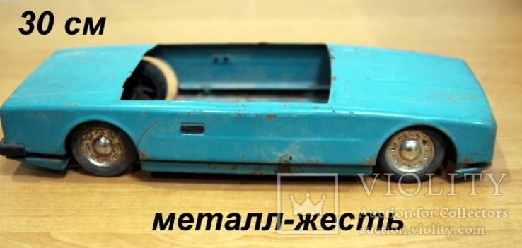 Машинка легковая из жести времен СССР.нюанс