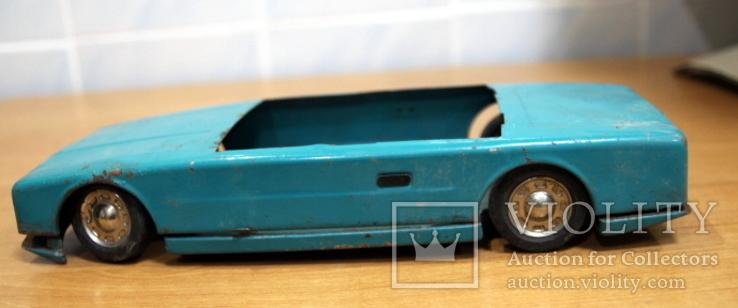 Машинка легковая из жести времен СССР.нюанс, фото №4