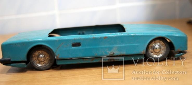Машинка легковая из жести времен СССР.нюанс, фото №7