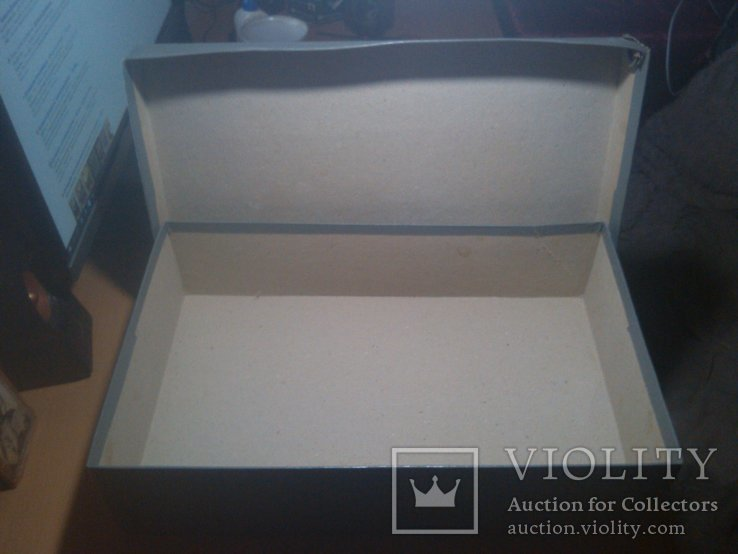 Старая большая коробка Октябрь 50, фото №5