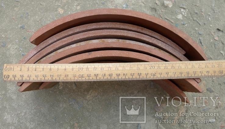 Тормозные колодки разных размеров СССР с деревянным ящиком с рукояткой., фото №9