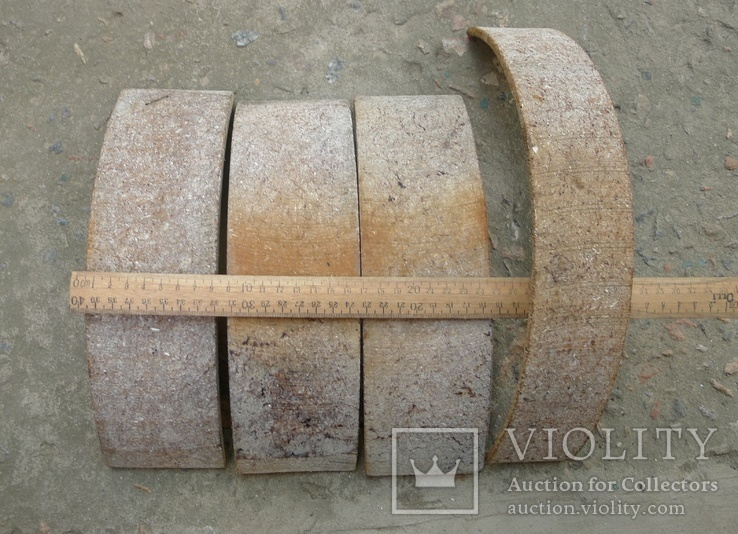 Тормозные колодки разных размеров СССР с деревянным ящиком с рукояткой., фото №12
