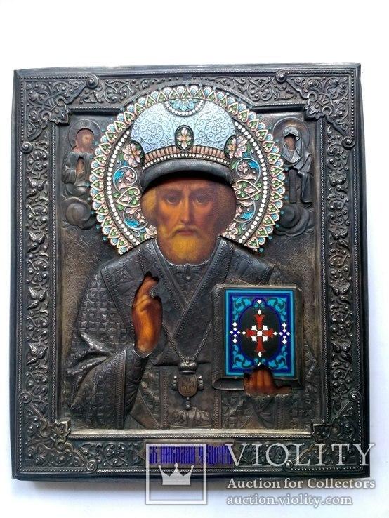 Икона Св. Николая Чудотворца в серебряном окладе с эмалями