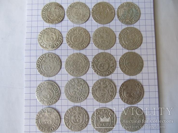 147 средневековых монет