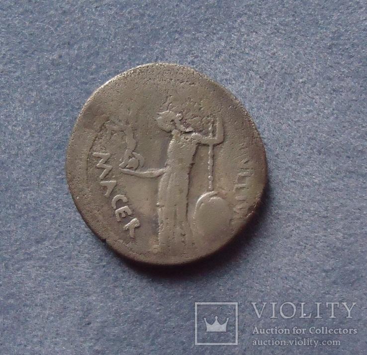 Денарій Юлія Цезара,портретний 44 р.до н.е