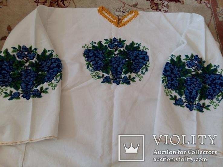 Сорочка вишита старовиним круглим бісером на домотканому полотні, фото №2