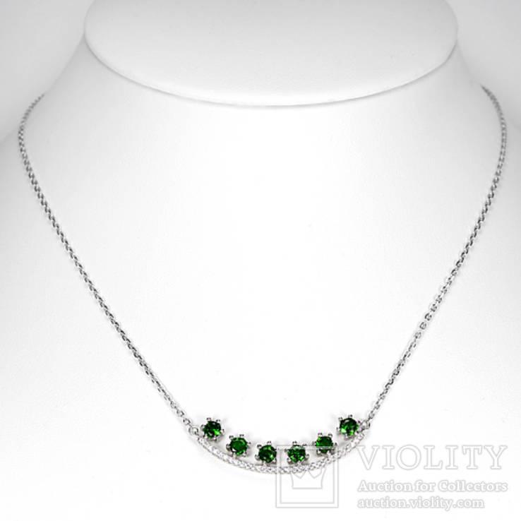 Ожерелье с натуральными хромдиопсидами