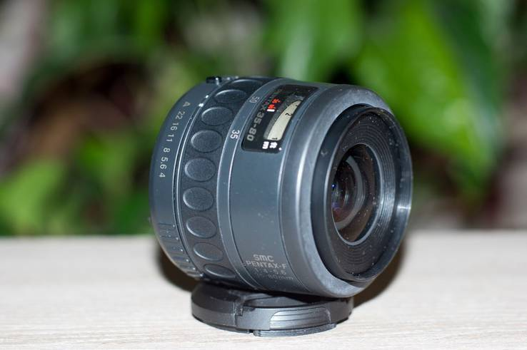 Об'єктив SMC Pentax-F f4-5.6/35-80mm
