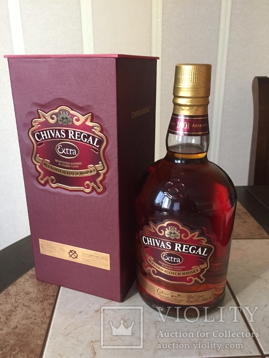 Виски Chivas Extra