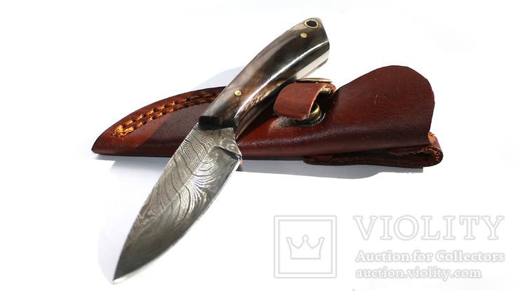 Нож охотничьий. Дамасская сталь.