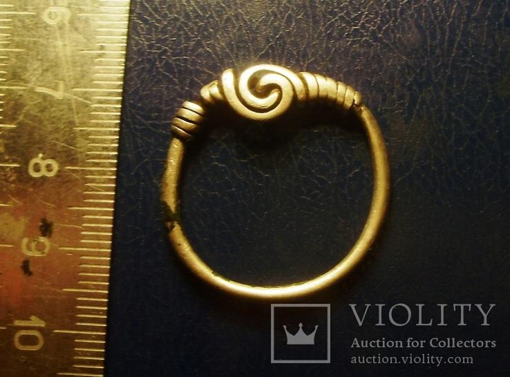 Большое височное кольцо 2.8 грамма