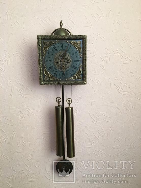 Настенные часы, Gustav Becker