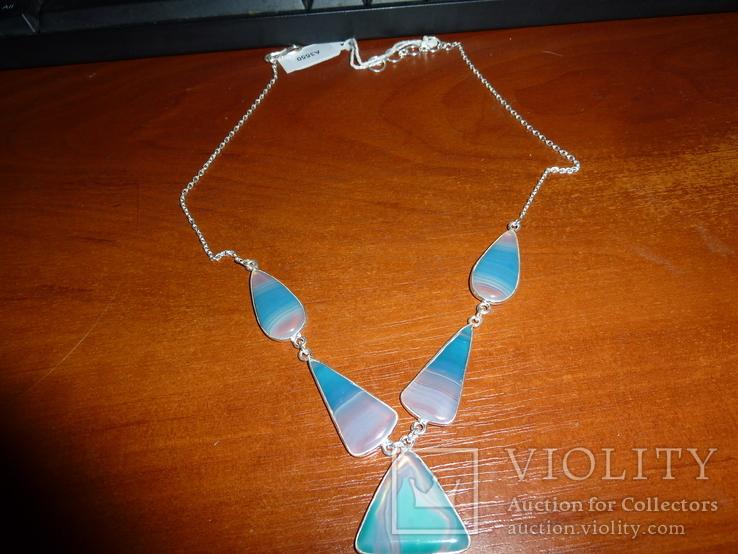 Ожерелье с крупными африканскими агатами